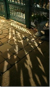 Fence decorative backlit2 shadows