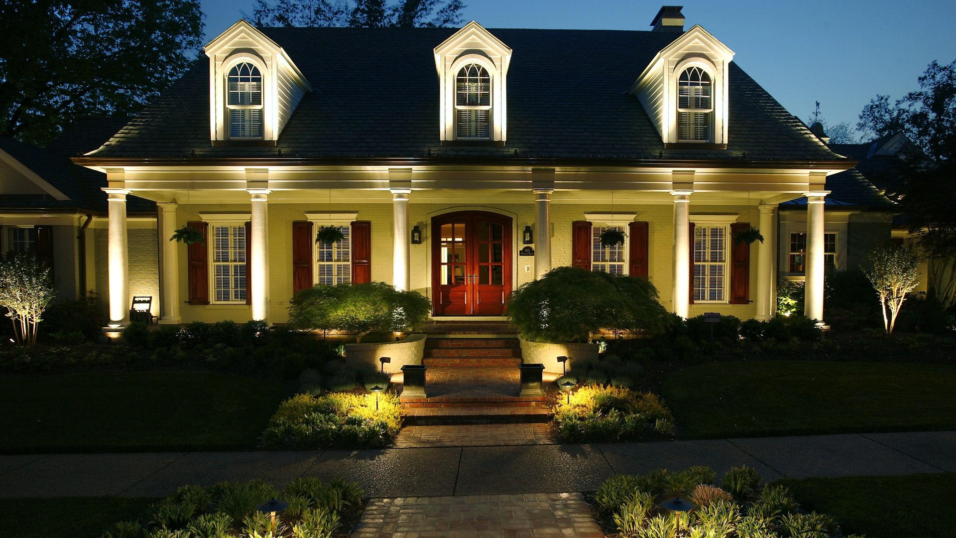 NiteLiters: Professional Outdoor Landscape Lighting Systems Of Owensboro,  Kentucky (Daviess County), Evansville, Indiana (Vanderburgh County),  Newburgh, ...